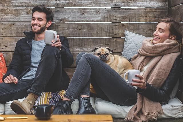 Bruit de pet: pourquoi ne pas transformer le gêne en rire?