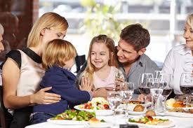 Aller au restaurant avec un enfant et passer un bon moment !