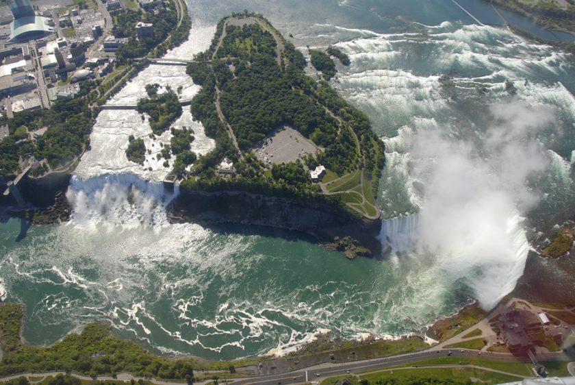 Séjour au Canada : tomber sous le charme des chutes du Niagara